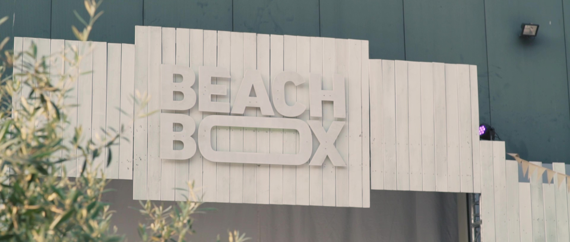 BeachBox18_Opening_00002